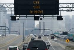 麻省交通部征集波士顿口音交通标语